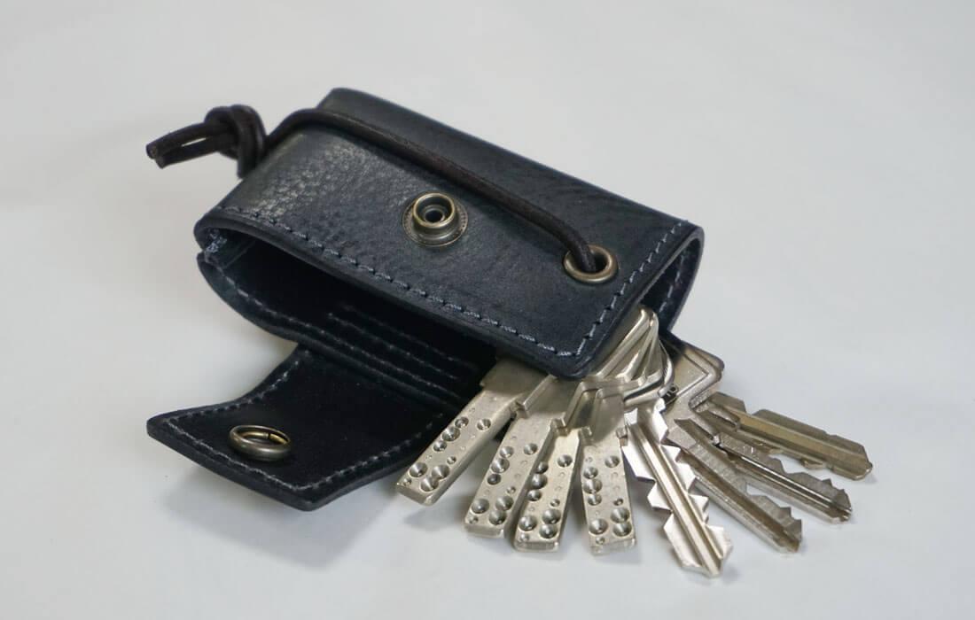 大量の鍵を収納できるキーケース